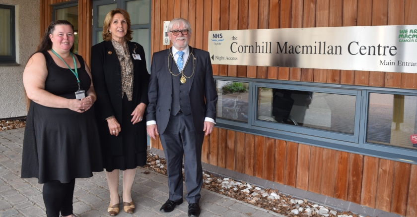 MAIN Duke of Buccleuch and Queensberry visits Cornhill Macmillan Centre in Perth - Lisa McRae, Lorna Birse Stewart and Provost Dennis Melloy